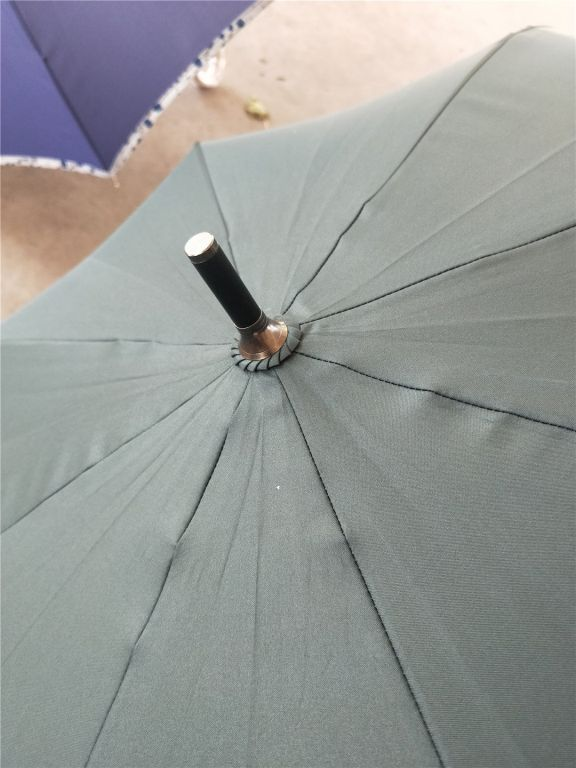 33756 - 120K pcs of umbrella China