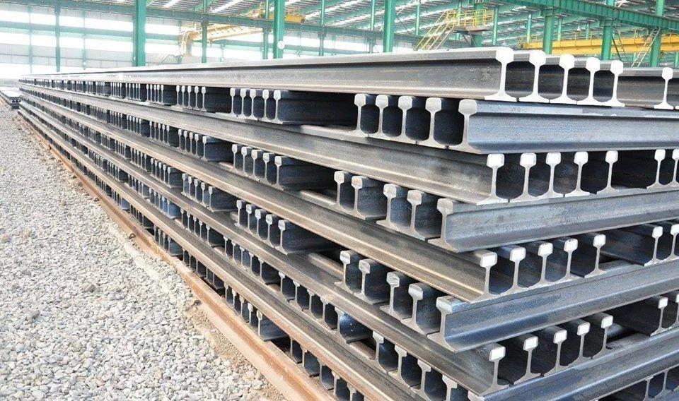 39851 - Rail ferrous Scarp from Oman